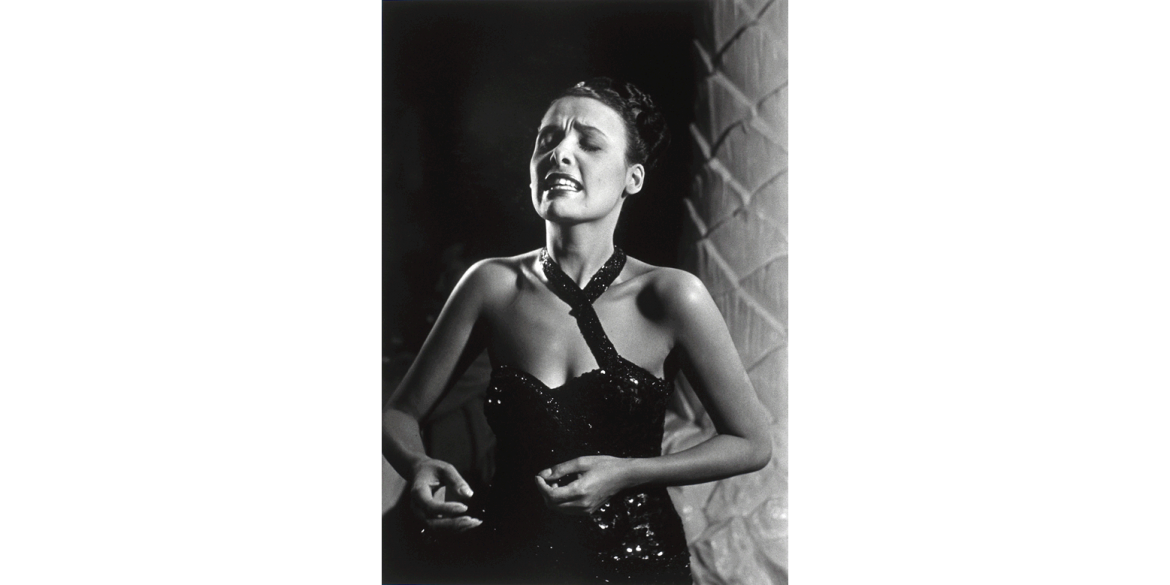 Leonard McCombe (British-American, 1930-2018). Lena Horne, 1947/printed later. Gelatin silver print, 25 1/8 x 21 1/8 inches. Artis—Naples, The Baker Museum. 1999.3.009. Bequest of Herbert and Ruth Abramson. © The LIFE Picture Collection via Getty Image
