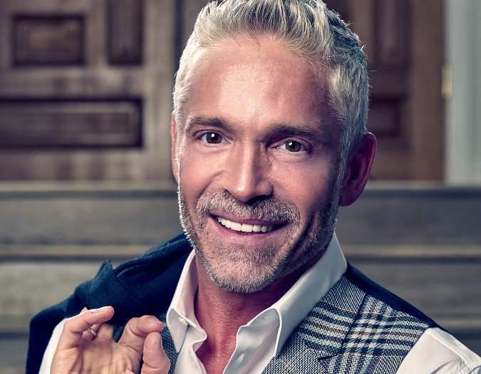 Image of Dave Koz in a promotional portrait